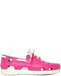 Mocasín de goma rosa de Crocs