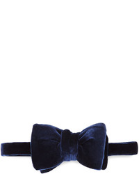 Solid velvet bow tie navy medium 402557