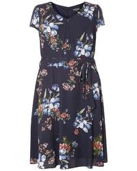 Billie blossom curve navy floral dress medium 3674587