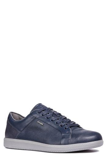 Keilan 4 Low Top Sneaker