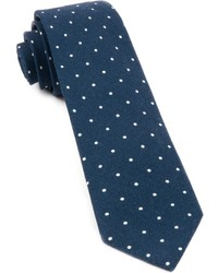 The tie bar primary dot medium 1310250