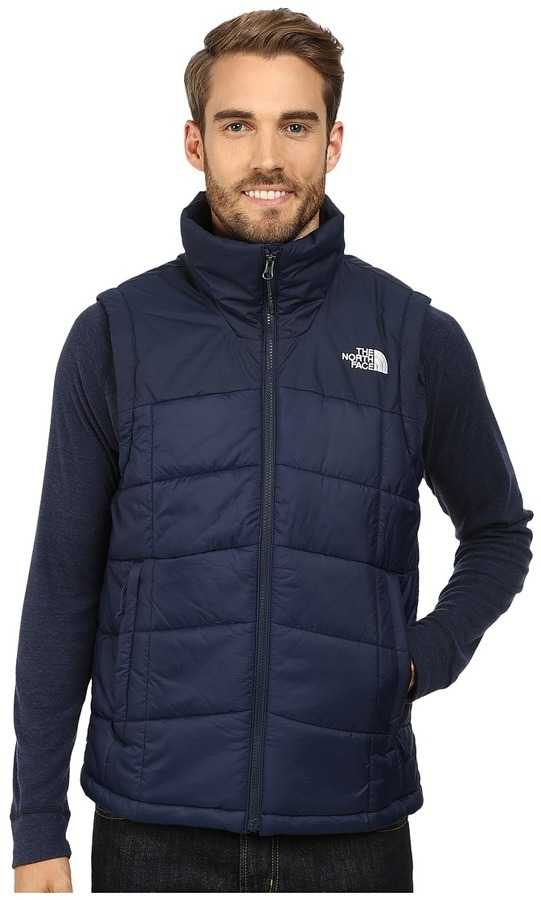 ... Quilted Gilets The North Face Roamer Vest ... 27ab4ce4f53