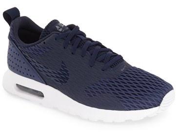 quite nice c57b1 63ab9 ... Nike Air Max Tavas Se Sneaker ...