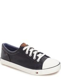 60faa91e80ad3 Tommy Hilfiger Boys Cormac Core Sneaker