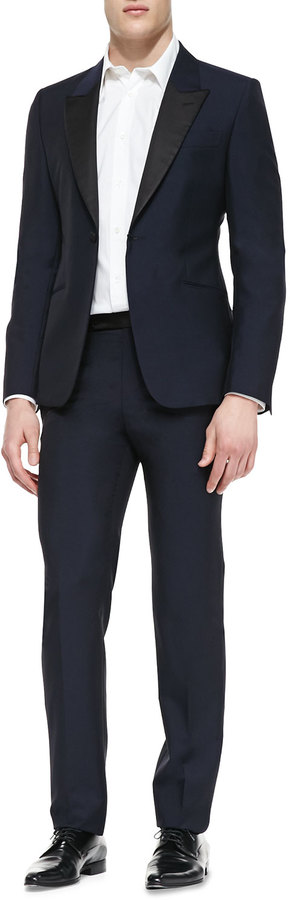 The ultimate tuxedo and uniform site. Featuring a vast selection of quality tuxedos, formalwear and uniforms at incredibly low wholesale prices Uniformalwearhouse is your source for the best prices on a vast selection of quality tuxedos, formal wear and uniforms for both men and women.