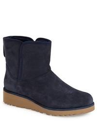 Water resistant mini boot medium 375556