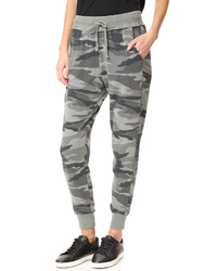 Camo sweatpants medium 3658902