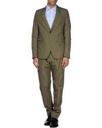 Suits medium 401671