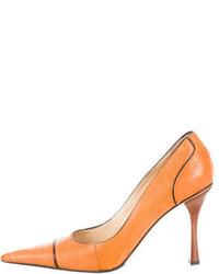 Gucci Ostrich Leg Pointed Toe Pumps