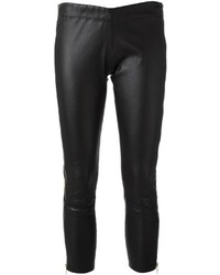 Pantalón capri de cuero negro