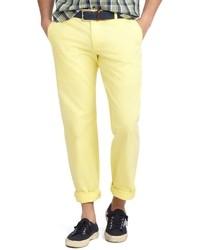 Pantalón chino amarillo