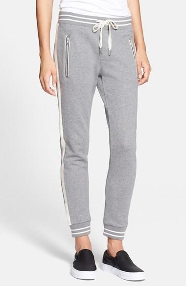 el más nuevo 4a2fa 36b6a $195, Pantalón de chándal gris de The Kooples