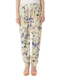 Pantalón de pinzas con print de flores celeste