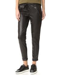 Pantalón de pinzas de cuero negro de David Lerner