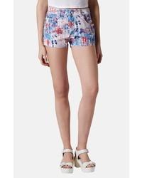 Pantalones cortos con print de flores celestes de Topshop