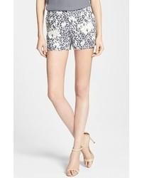 Pantalones cortos de leopardo en blanco y negro de Joie