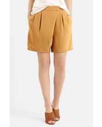 Pantalones cortos mostaza de Topshop