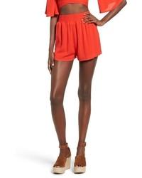 Pantalones cortos rojos de Missguided