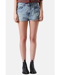 Pantalones cortos vaqueros con lavado ácido celestes de Topshop