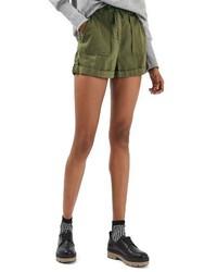 Pantalones cortos verde oliva de Topshop