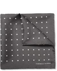 Pañuelo de bolsillo de seda a lunares en gris oscuro de Turnbull & Asser