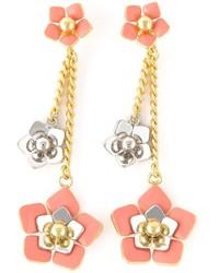 Pendientes con print de flores rosados de Fendi