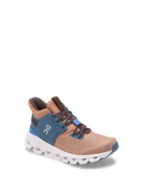 On Cloud Hi Edge Sneaker
