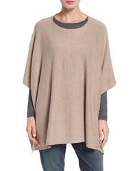 Poncho de lana marrón claro de Eileen Fisher