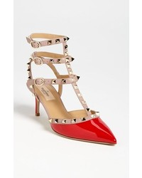 Rockstud pointy toe pump medium 214310
