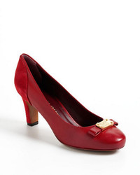 Marc by Marc Jacobs Round Toe Leather Pumps