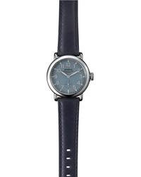 Reloj de cuero azul marino de Shinola