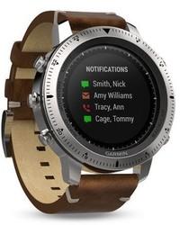 Reloj de cuero en marrón oscuro de Garmin