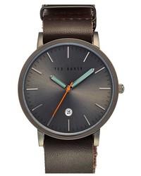 Reloj de cuero en marrón oscuro de Ted Baker