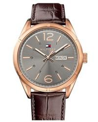 Reloj de cuero en marrón oscuro de Tommy Hilfiger
