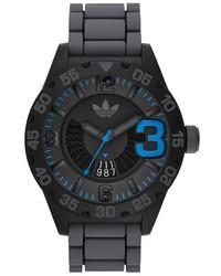 Reloj de goma en gris oscuro de adidas