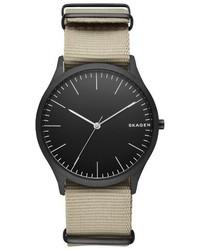 Reloj de Nylon Marrón Claro de Skagen