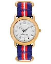 Reloj en blanco y rojo y azul marino de Sperry