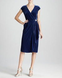 Robe bleu marine de cocktail