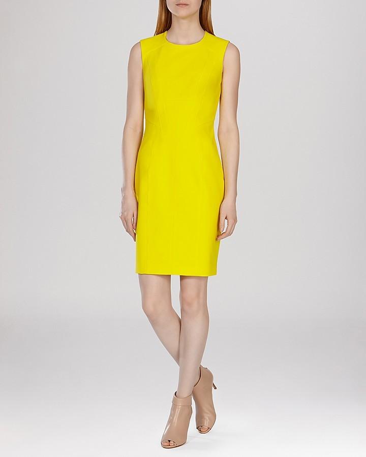 Robe jaune droite