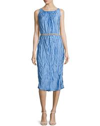 Robe fourreau bleue claire Nina Ricci