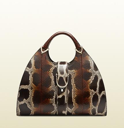 Sac fourre-tout en cuir imprimé serpent brun foncé Gucci  Où acheter ... 51c787db654