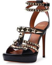 Sandales à talons à clous noires