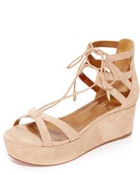 Sandales plates en daim marron clair Aquazzura