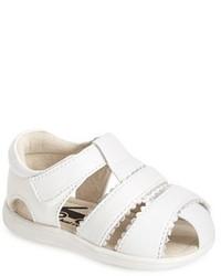 Sandalias blancas de See Kai Run