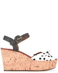 Sandalias con cuña a lunares blancas de Dolce & Gabbana