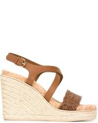 Sandalias con cuña de cuero marrón claro de Salvatore Ferragamo