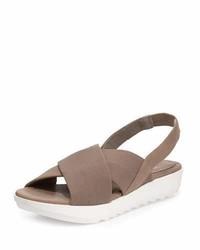 Sandalias con cuña de cuero marrónes de Eileen Fisher