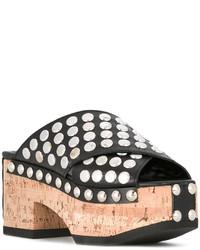 Sandalias con cuña de cuero negras de MCQ