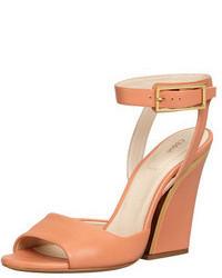 Sandalias con cuña de cuero rosadas de Chloé