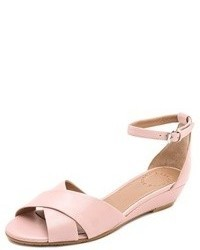 Sandalias con cuña de cuero rosadas de Marc by Marc Jacobs